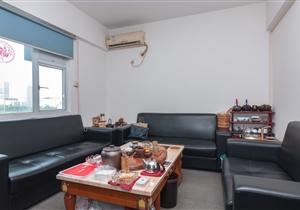 粤信广场 赤岗地铁口上盖 低楼层三房 仅此一套
