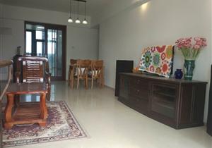 亚运城运动员三房 家电齐全格局方正 业主诚心出租 看房方便