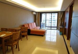 万科东荟城 三房双卫证过2年免税 南向中间楼层豪华装修20万